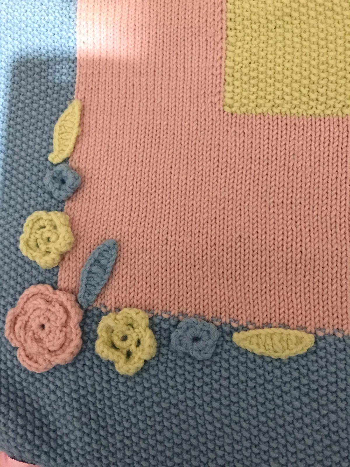 Copertina Neonato Roselline Crochetime